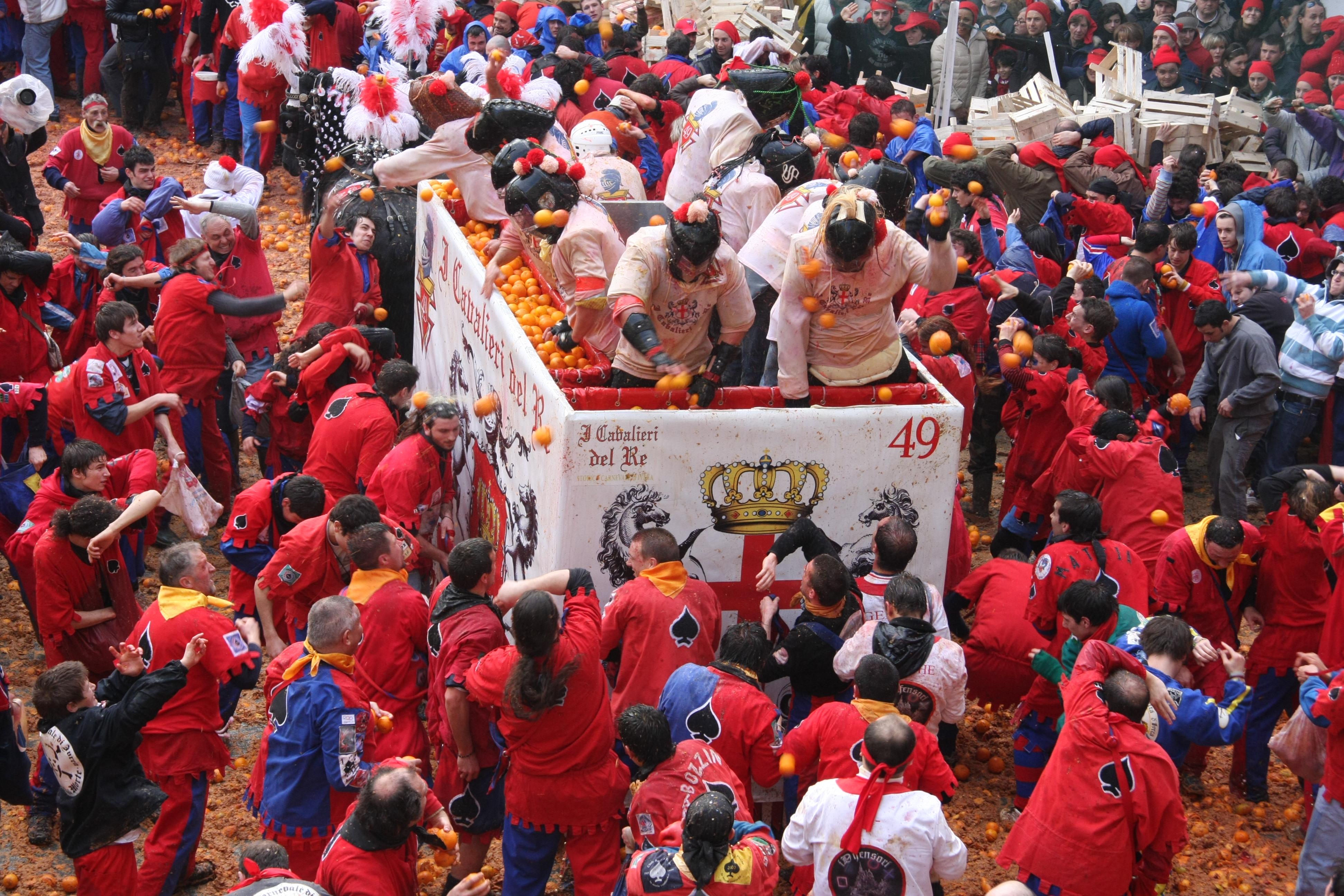 Carnevale_battaglia_delle_arance