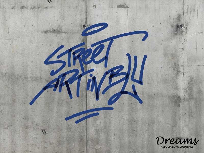 STREET ART IN BLU